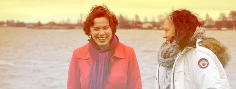 Kuva vuodelta 2012. Hyvä meno ja meininki jatkuu. Oikealla Ritka, the Radical ja vasemmalla Salla, the Soul.